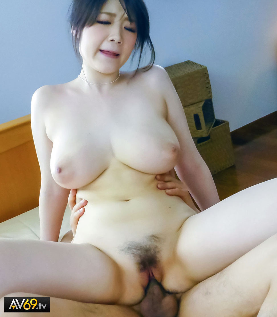 An asian porn actor and a shaved girl 5
